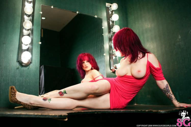 Suicide Girls (50 фото)